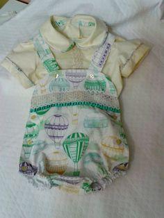 conjunto bebé globos , peto niño puntilla verde ,camisa algodón bebé beige , ranita con peto bebé niño , ranita blusa bebé primavera by pitufos on Etsy