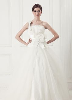 One Shoulder With Ruffled Neckline Net Meet Organza Wedding Dress
