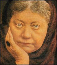 Madame Blavatsky y el 2020 Helena Blavatsky, Ascended Masters, English Activities, Mystic, Llama Violeta, Daisies, Saints, People, Black