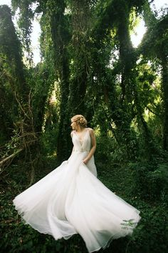 Fairytale Forest Wedding Photo Shoot with a stunning bride and gorgeous gown : Anna Kim Photography : Maui