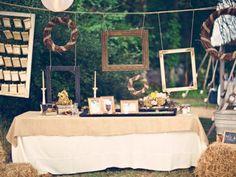 Cadres et chevalets : des idées originales pour donner du cachet à votre décoration de mariage