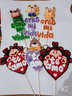 Mickey Mouse Christmas, Christmas Train, Mickey Mouse And Friends, Mickey Mouse Birthday, Mickey Minnie Mouse, Disney Valentines, Valentine Crafts, Happy Valentines Day, Diy Crafts Hacks