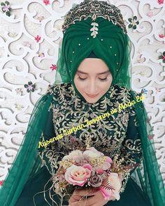 Nusret Hotels – Just another WordPress site Hijabi Wedding, Muslim Wedding Dresses, Muslim Brides, Muslim Women, Bridal Hijab, Hijab Bride, Amanda, Attractive Eyes, Kebaya Muslim