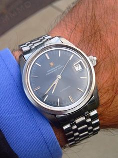 Superb Vintage Universal Geneve Polerouter Super In Stainless Steel