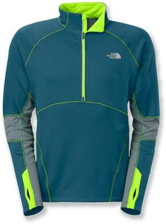 The Momentum Thermal half-zip top from The North Face delivers lightweight, unrestricted warmth.