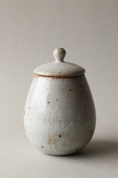 clear glazed speckled lidded jar (kohiki)