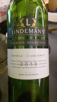 LINDEMAN'S2010 Wine, Drinks, Bottle, Drinking, Beverages, Flask, Drink, Jars, Beverage