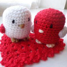 crochet love birds with heart mat coaster by mountainvalleyuk
