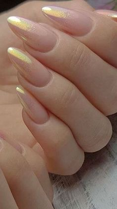 Holo Ombre Nail Art is the latest 2019 Manicure trend that's taking over the web – Hike n Dip Loading. Holo Ombre Nail Art is the latest 2019 Manicure trend that's taking over the web – Hike n Dip Cute Acrylic Nails, Cute Nails, Pretty Nails, Almond Acrylic Nails, Hair And Nails, My Nails, Latest Nail Art, Dipped Nails, Holographic Nails