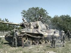 """""""King tiger"""" tank and the troops are preparing to attack"""