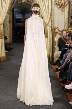Carmen Soto The Bride | Atelier de vestidos de novia | 3ª Ed. Atelier Couture: Novias Carmen Soto The Bride 2018 | http://www.carmensotothebride.com