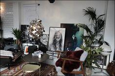 Eclectisch wonen à la Vogue Living - Vogue Housewarming: de lancering van de eerste Vogue Living in Nederland werd het huisfeest van het jaar Table Settings, Architecture, Home, Arquitetura, Ad Home, Place Settings, Homes, Architecture Design, Haus