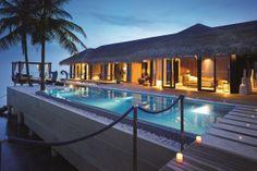 Romantic Pool Residence  --->>> www.voyagewave.com