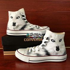Converse all star canvas shoes with water-resistant acrylic paints,hand painted wolf men women sneakers.The paints is water-resistant, so you can wear the shoes in rainy days or wash them with wet towel and regular detergent.