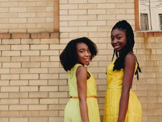 How to grow natural hair. The best products to grow natural hair. How to grow black hair. products to grow black hair Black Girls Pictures, Friend Pictures, Girl Photos, Instagram Captions For Pictures, Picture Captions, Bffs, Fun Photo, Videos Photos, African Children
