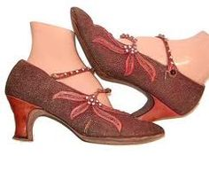 LOVE VINTAGE SHOES!