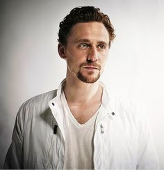 Hiddles....why are you so attractive?