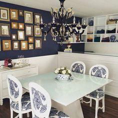 Produção do dia: lustre em cristal de Murano na cor azul cobalt com ouro 24K by venexino  #decor #decoração #sofisticação #tradição #murano #itália #design #veneza