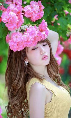 Japan Fashion, Girl Fashion, Beautiful Asian Girls, Most Beautiful, Asian Honey, Ulzzang Kids, Asian Doll, Japan Girl, Sexy Hot Girls