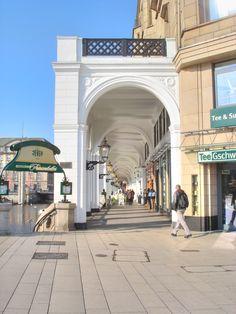 Hamburg Altstadt . City . Alsterarkaden - Seitendurchsicht