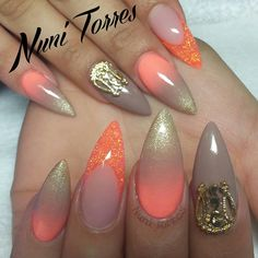 """One of my favorite sets of this year _____ Price break down Full set $35 Pointed shaping $15 Nail art $20 Hybrid nail upgrade x2 $20 Gel top coat $7 Nail…"""