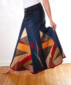 Defiantly going to try to recreate this! Jeans made into a fall style skirt…
