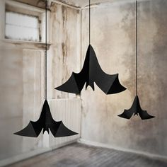 Resultado de imagen para decoracion de botellitas halloween