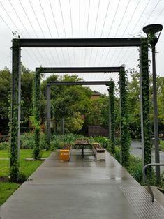 12 Pergola Patio Ideas that are perfect for garden lovers! Modern Pergola, Outdoor Pergola, Pergola Plans, Pergola Ideas, Rustic Pergola, Backyard Pergola, Patio Ideas, Wire Trellis, Grape Trellis