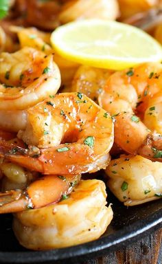 Sweet Lemon Shrimp - The easiest, most simple and flavorful shrimp marinated in a sweet and tangy lemon sauce that everyone will love! Fish Recipes, Seafood Recipes, Great Recipes, Cooking Recipes, Favorite Recipes, Healthy Recipes, Holiday Recipes, Recipies, Dinner Recipes