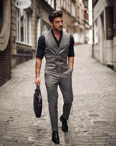 Gentleman-Style/ mens fashion suits, mens suits, new mens fashion trends Blazer Outfits Men, Casual Outfits, Men's Waistcoat, Waistcoat Men Casual, Waistcoat Men Wedding, Double Breasted Waistcoat, Black Waistcoat, Designer Suits For Men, Herren Outfit