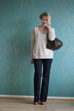 A fashion blog for women over 40 and mature women http://www.glamupyourlifestyle.com/ Sweater: Zara  Flared Pants: Dorothee Schumacher Shoes: Laura by Görtz Bag: Louis Vuitton