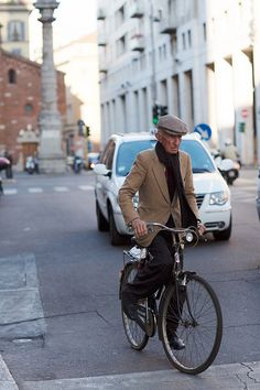 On the Street……San Babila, Milan