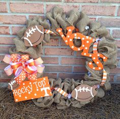 Tennessee Vols Burlap Wreath....oooo i have two Vols wreaths ive made but this is cute!!
