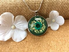 REAL FLOWER Dried large daisy resin necklace, real flower necklace, dried flower necklace pendant resin jewellery, Blue flower necklace