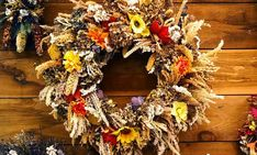 Looking for ideas, tips & tricks for your DIY Fall Decor Projects? This collection features of the best DIY Fall Decor ideas for the home and garden. Diy Fall Wreath, Autumn Wreaths, Fall Diy, Thanksgiving Flowers, Thanksgiving Decorations, Happy Thanksgiving, Nature Decor, Nature Crafts, Autumn Crafts