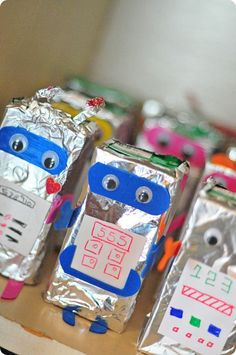 Robot Drink Boxes