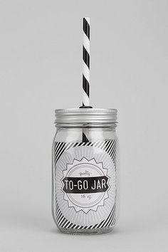Love this mason jar supper cups - perfect for a wedding!