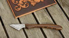 Ein Samstagsprojekt: Allround-Messer, auch Kiridashi in Japan, Damast einseitig mit Schneidstahl, Griff aus Bocote