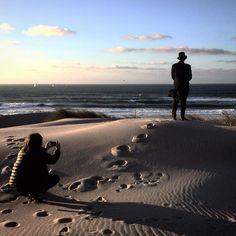 Fashion photographer @gmateus em ação na #praiadoguincho #portugal