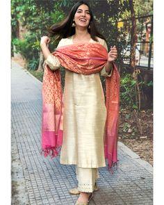 Shop online Beige cotton silk kurta set with chanderi Benarasi dupatta - Set of three Beige cotton silk kurta set. It comes comes with mirror work on the kurta sleeves and base of the pants. The set is paired with a chanderi Benarasi dupatta. Pakistani Fashion Party Wear, Pakistani Dresses Casual, Indian Fashion Dresses, Dress Indian Style, Pakistani Dress Design, Party Wear Indian Dresses, Indian Look, Indian Wear, Party Dress