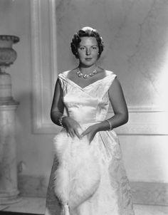 Princess Beatrix of The Netherlands, Princess of Orange-Nassau, Princess of Lippe-Biesterfeld, Mevrouw van Amsberg, formerly Queen of The Netherlands Dutch Princess, Dutch Queen, Royal Princess, Queen B, Dutch Netherlands, Queen Margrethe Ii, Real Queens, Dutch Royalty, Royal Life