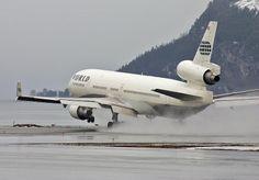 N803DE - World Airways MD-11 at Værnes (TRD/ENVA) 11. mar. 2005Spicejet Joy Richard Preuss airways Powerful Micro Computer airways