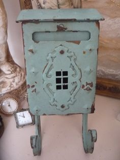 Antique Mail Box. I owned the same one (painted red) at my previous home. <3
