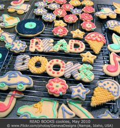 """READ BOOKS cookies. May 2010 © GENEVA DESIGNS (Photographer. Nampa, Idaho, USA) via flickr. """"Getting ready for the Scholastic Book Fair. Spring 2010. Theme: Rock & Roll Book Fair in the Diamondback Diner."""" Photo-edited. See original at link. -pfb  [Do not remove caption. International copyright law requires you to credit the copyright holder. Link directly to the photographer's website.]  PINTEREST on COPYRIGHT:  http://pinterest.com/pin/86975836526856889/"""