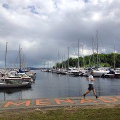 Havneprenaden ved Frognerkilen - Oslo #havnepromenaden #frognerkilen #ocean #jogging #marina #eiendom #whereinoslo #diggeroslo #oslobilder #highlightsnorway #urban #visitoslo #visitnorway #oslotips #amazing #oslo #norge #norway #scandinavia