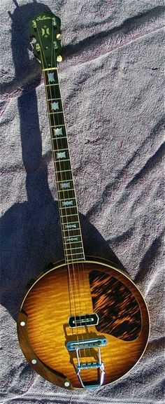 1939 Gibson electric 4-string banjo                                                                                                                                                                                 More