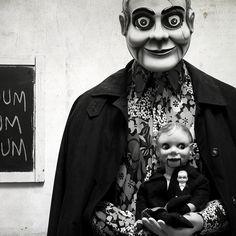 Muñecas del ventrílocuo // Ahora hablan de unas muñecas espeluznantes .... éstos tendrían que ser él!