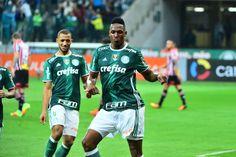 Com zagueiros inspirados, Palmeiras bate São Paulo e abre três pontos…