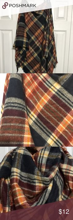 NWOT Plaid Scarf Perfectly warm and cozy plaid scarf. Francesca's Collections Accessories Scarves & Wraps