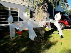 How to Make Halloween Ghosts | Halloween Ideas: Make Floating Plastic Bag Ghosts